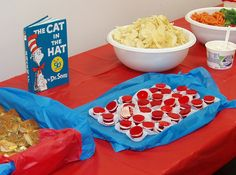 Cat-in-the-Hat Jell-o Cups