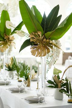Garden wedding table setting centerpieces ideas Garden wedding table setting centerpieces id Tropical Centerpieces, Baby Shower Centerpieces, Table Centerpieces, Tropical Flower Arrangements, Safari Centerpieces, Masquerade Centerpieces, Elegant Centerpieces, Centrepieces, Centerpiece Ideas