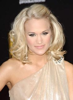 Carrie Underwood S Girly Half Updo Is Great For Medium Length Hair Design 450x612 Pixel
