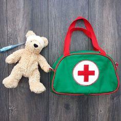 MADE TO ORDER Kindes Arzttasche / / spielen Arzt von SewSofia