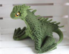 Little green dragon, needle felted dragon toy, fantasy dragon figurine