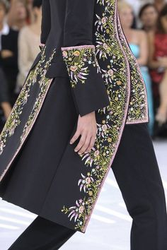 CHRISTIAN DIOR HAUTE COUTURE FALL/WINTER 2014-15 COLLECTION PARIS FASHION WEEK