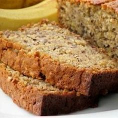 Banana Oatmeal Bread Use cup applesauce and cup butter instead of shortening. This is an old family recipe, and it is very moist! Oatmeal Bread Recipe, Oatmeal Banana Bread, Banana Bread Recipes, Banana Chips, Baked Banana, Sweet Bread, Cranberries, Breakfast Recipes, Fish Recipes