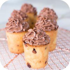 Copinhos de Cookie com mousse de chocolate | Vídeos e Receitas de Sobremesas