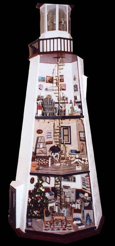 Miniature lighthouse interior ...now I see what could have been done with the one in the charity shop!