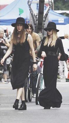 American horror story coven  ahs 3 Jessica Lange Emma Roberts Taissa Farmiga Tate Langdon Adelaide Evan petters Violet