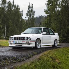 A stunning 1987 example of the BMW M3 powered by its original 220hp 2.3 liter engine with manual 5-speed transmission, used only in the Evolution model! It's supposedly the first and most wanted BMW M3 version and one of the 3.000 first series AK01 European only units. The modern classic comes finished in the period correct Alpine White, paired with an original Black Bison leather interior.  Like & subscribe now for more classics! White Bmw 3 Series, Bmw Series, Bbs Wheels, Bmw Classic Cars, Alpine White, Bmw E30, Limited Slip Differential, Rear Brakes, Leather Interior