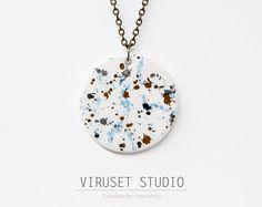 Collar de ceramica diseño escandinavo por noemarinjewelry en Etsy