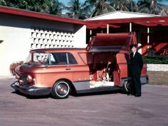 This thing looks fun to drive - 1955 GMC L Universelle