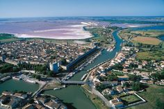 Check out the salt flats! Next time you buy 'Baleine' sea salt, look where it comes from! I love the Camargue. Monuments, Carcassonne, Sainte Marie, Saint Louis, France, Rhone, All Over The World, Stuff To Do, Things To Come
