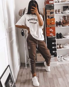 Cute Lazy Outfits, Casual School Outfits, Edgy Outfits, Teen Fashion Outfits, Swag Outfits, Retro Outfits, Fashion Clothes, Tumblr Outfits, Chill Outfits