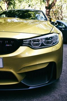 Austin Yellow BMW M4 (with LED headlights)