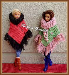 rachelcrochet.wordpress.com #Poncho #EuroRomaFiore #Barbante #Crochet #Barbie #Muñeca #Doll #RaquelGaucha