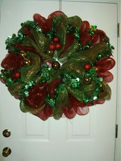 mesh wreaths | ... making these beautiful ribbon mesh wreaths are fun and inexpensive