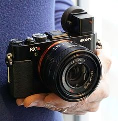 Sony RX1R II Review -- Product Image
