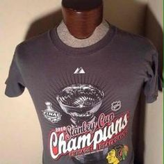 Majestic Chicago Blackhawks 2015 Stanley Cup Champs Womens Always Determined T-Shirt Small