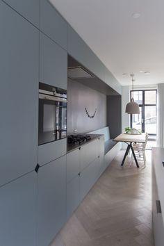 Black Kitchen Cabinets, Kitchen Units, Black Kitchens, Home Kitchens, Kitchen Furniture, Furniture Design, Kitchen Rules, Functional Kitchen, Small Apartments