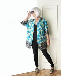 Plus size Hawaiian oversize top, Artsy top, Kimono inspired, Hawaiian shirt, postcard travel print, Womens Upcycled Clothing, Recycled, Eco Friendly Clothing, One of a kind, beach coverup, bathing suit coverup, onesize, oversize, aqua, turquoise, black, cruise wear, mixed print, FREE #recyclingclothes