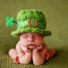 I refuse to wear green on St. Patrick's day(I don't have to), But even I think this is cute