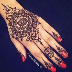 Gorgeous henna                                                                                                                                                     Más #HennaTattooIdeas