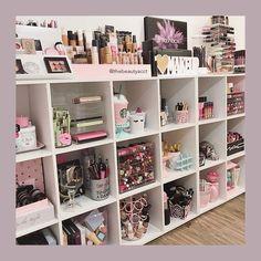 Rangement Makeup, Make Up Storage, Storage Ideas, Storage Hacks, Vanity Room, Vanity Decor, Glam Room, Makeup Rooms, Room Goals