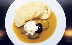 Stará pravda tvrdí, že dobrý kuchař se pozná na omáčkách. Mashed Potatoes, Menu, Ethnic Recipes, Christmas, Food, Whipped Potatoes, Menu Board Design, Xmas, Smash Potatoes
