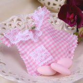 Gingham Dungarees to be filled with treats