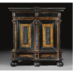 A Dutch rosewood, ebony and ebonised cupboard, 'Kussenkast'<br>Baroque,mid 17th century | lot | Sotheby's