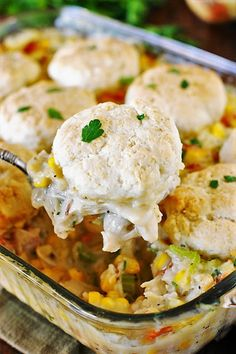 Bacon & Corn Chicken Pot Pie ~ The classic combination of carrots, celery, onion, and shredded chicken nestled in creamy sauce gets even better with the addition of bacon & sweet corn. Shredded Chicken Casserole, Turkey Noodle Casserole, Corn Chicken, Slow Cooker Chicken Stroganoff, Chicken Parmesan Meatloaf, Canned Bacon, Dinner Dishes, Main Dishes, Leftover Turkey Recipes