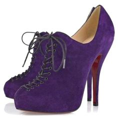 Louboutin shoes off - My Cheap Luxury Shopping List Diva Fashion, Fashion Heels, Fashion Boots, Teen Fashion, Style Fashion, Purple High Heels, Sexy High Heels, Purple Shoes, Black Heels