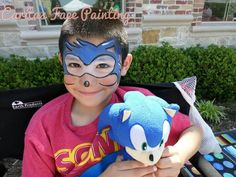 Sonic by Lleana G Murllio Face Painting Games, Face Painting For Boys, Face Painting Tutorials, Face Painting Designs, Paint Designs, Body Painting, Sonic Costume, Professional Face Paint, Sonic Party
