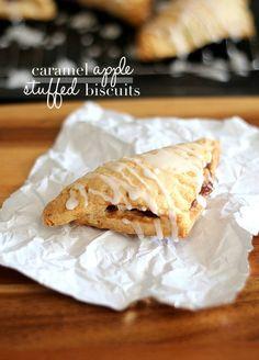 Caramel Apple Stuffed Biscuits | www.cookiesandcups.com