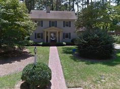 Rocky Mount, North Carolina. Check out this link for details-https://www.digitalnc.org/blog/mr-blandings-dream-house-rocky-mount-nc/   also-https://mainstreetrockymount.com/2017/08/15/mr-blandings-builds-his-dream-house-in-historic-west-haven-part-1/   and  https://mainstreetrockymount.com/2017/08/16/mr-blandings-builds-his-dream-house-in-historic-west-haven-part-2/