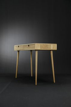 Solid oak desk Bureau dressing table office desk by Habitables Solid Oak Desk, Solid Wood, Table Desk, Dining Bench, Wood Oil, Hardware, Joinery, Natural Wood, Office Desk