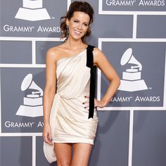 Get Kate Beckinsale's Sexy Legs With Her Favorite Yoga Combo!