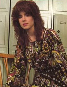 Michael Steele - formerly of The Bangles and The Runaways Susanna Hoffs, Michael Steele, Pop Rock Bands, Rock Chick, Rock Groups, Rock Legends, Post Punk, Stevie Nicks, Kinds Of Music