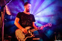 LOS COSMÉTICOS Bilboko Aste Nagusia 2016, Txosma Komantxe, Bilbao, 25/VIII/2016   Iván Barrio, cantante y guitarrista    GALERÍA completa    Full GALLERY: http://denaflows.com/galerias-de-fotos-de-conciertos/c/los-cosmeticos/