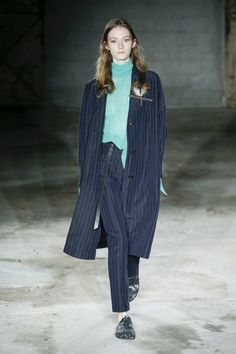 Damir Doma   Menswear - Spring 2018   Look 33 RECONTEXTUALIZE2 /NEW MODERNITY/SHARP TAILORING