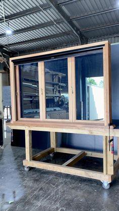 Wooden Window Design, Window Grill Design Modern, House Window Design, Bungalow House Design, Small House Design, Door Design, Timber Windows, Modern Windows, Casement Windows