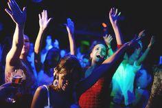 Marina Slaviero ferve na pista de dança