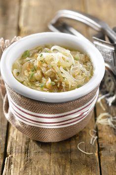 La sopa de cebolla y avena, además de depurar aporta vitaminas del grupo B Moussaka, Caldo Detox, Purifier, Le Diner, Soup Recipes, Smoothies, Healthy Eating, Cooking, Ethnic Recipes