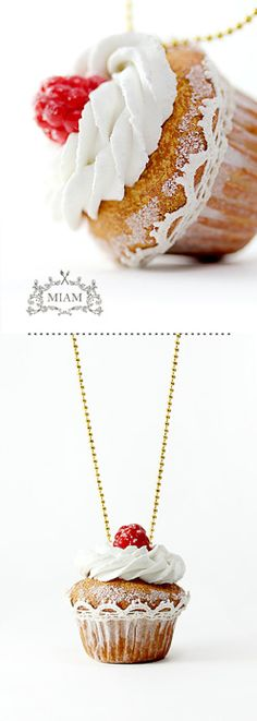 cupcake necklace.............Must Have