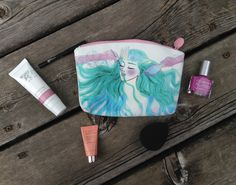 #ipsy #augustglambag unbagging on my blog! Read the post to find out what I got in my #glambag this month and a short #review of each item! This month I LOVE the #organicsurge face polish especially!!!!!