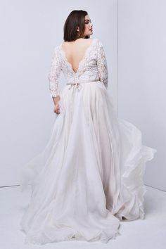 Curvy wedding dress - Shiloh flatters with a plunging Micah lace bodice with tulip sleeves over a dreamy washed Silk Organza skirt, finished off with a cotton satin sash and pearl buttons Plus Wedding Dresses, Wedding Dressses, Sexy Dresses, Plus Size Dresses, Bridesmaid Dresses, Plus Size Wedding Dresses With Sleeves, Beach Dresses, Summer Dresses, Anne Laure