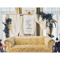 Halma Halma Studio - ウェディングデコレーション お客様とヒ... Couch, Sofa, Wedding Table, Bed Pillows, Pillow Cases, Events, Weddings, Furniture, Home Decor