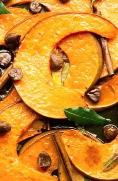 Roasted pumpkin wedges with chestnut, cinnamon & fresh bay leaves I Ottolenghi Recipes Vegetable Sides, Vegetable Side Dishes, Vegetable Recipes, Vegetarian Recipes, Cooking Recipes, Cooking Ideas, Yotam Ottolenghi, Ottolenghi Recipes, Fresh Bay Leaves