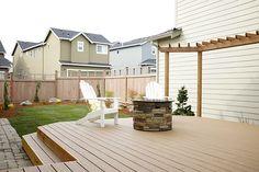 Backyard Trex deck with propane firepit