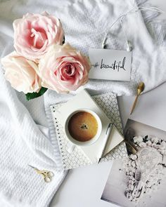 Jakie macie plany na dzisiejsze popołudnie? W domu czy na mieście? My dzisiaj wieczór spędzamy rodzinnie . . . . #coffee#coffeetime #coffeelover #flatlay#flatlayphotography #flatlayforever#tv_living#tv_stilllife #stilllifephotography #still_life_gallery #thehappynow#momentsofmine#darlingmoment#viewfromtop#sweettoothforever#onthetable#whitetable#roses#flowerpower#flowerstagram#inspiredbynature #fridaymood #fridayvibes #fridayfeels #inspireme#inspiremyinstagram