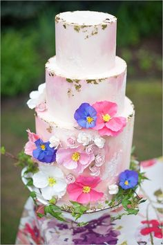 Summer Blossoms Wedding Inspiration