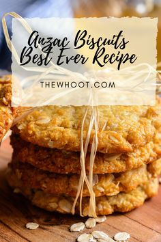 This Anzac Biscuits best recipe is the traditional version that hails back to the day. This award winning recipe comes with a video to show you how. Recipe For Tea Biscuits, Biscuit Recipe, Easy Biscuits, Aussie Food, Australian Food, Chicken And Cheese Recipes, Lemon Yogurt Cake, Girlfriends